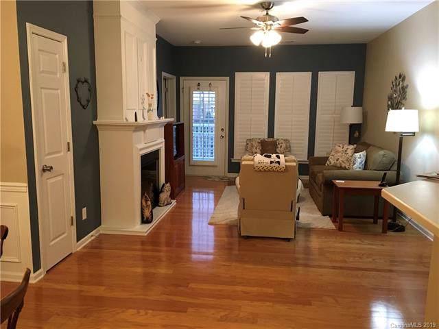 14780 Via Sorrento Drive, Charlotte, NC 28277 (#3575660) :: Mossy Oak Properties Land and Luxury