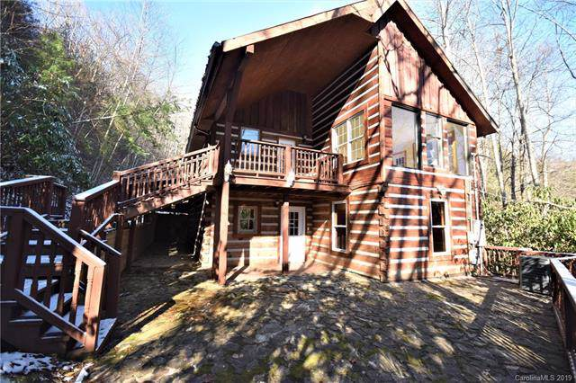 805 Country Club Drive, Maggie Valley, NC 28751 (#3575714) :: Rinehart Realty