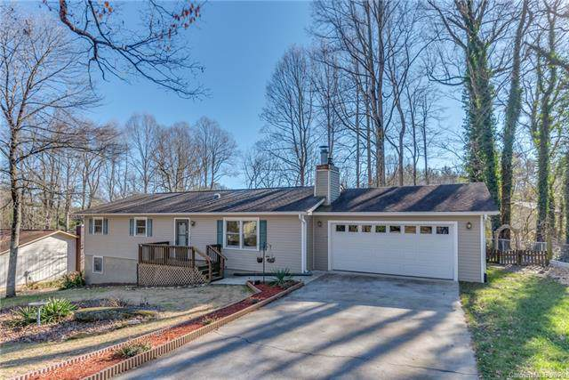 133 Apache Drive, Hendersonville, NC 28739 (#3575919) :: LePage Johnson Realty Group, LLC