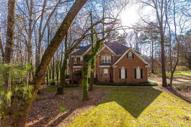 3417 Weddington Oaks Drive #32, Matthews, NC 28104 (#3576139) :: Team Honeycutt