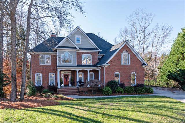 8829 Hatton Court, Charlotte, NC 28277 (#3576861) :: Homes Charlotte