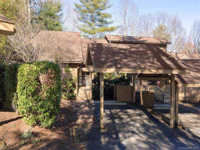 105 Chinquapin Oak Lane, Hendersonville, NC 28791 (#3577073) :: Robert Greene Real Estate, Inc.
