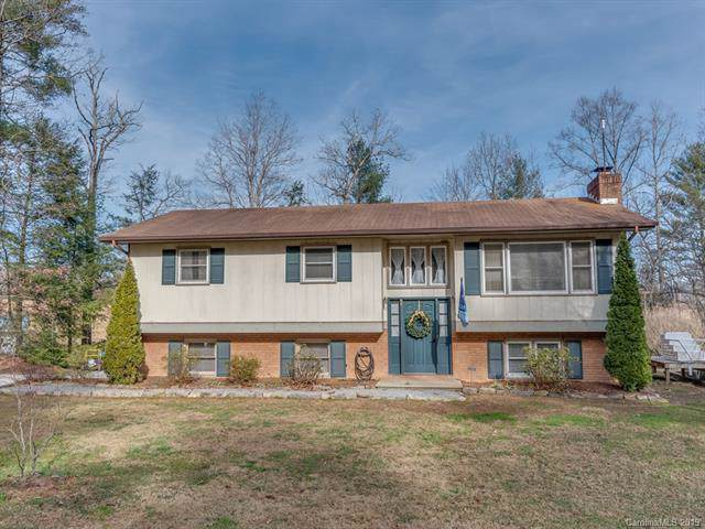 2940 Pace Road, Hendersonville, NC 28792 (#3577393) :: Robert Greene Real Estate, Inc.