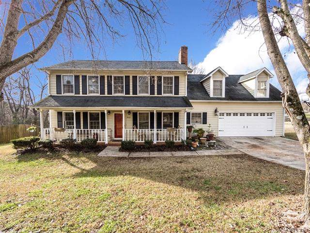 2400 Wildburne Court, Charlotte, NC 28262 (#3577496) :: Stephen Cooley Real Estate Group