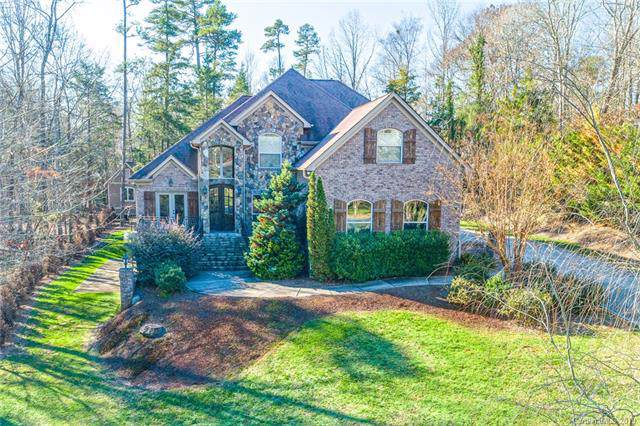9845 Hanging Moss Trail, Mint Hill, NC 28227 (#3577534) :: Zanthia Hastings Team