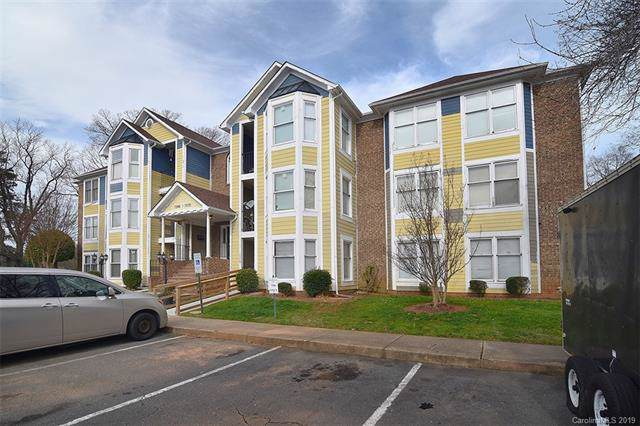 7360 Rose Terrace Court, Charlotte, NC 28215 (#3577605) :: Rowena Patton's All-Star Powerhouse