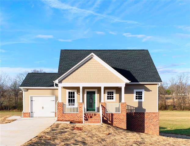 223 Brentwood Drive, Maiden, NC 28650 (#3577799) :: Stephen Cooley Real Estate Group