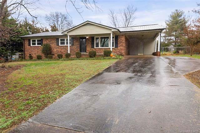 2518 Woodbridge Drive, Gastonia, NC 28056 (#3577923) :: Homes Charlotte