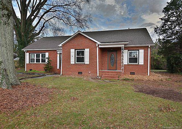 6720 Tuckaseegee Road, Charlotte, NC 28214 (#3578208) :: Stephen Cooley Real Estate Group