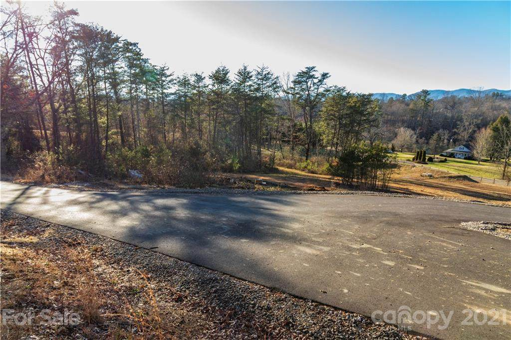 124 Saddle Ridge Drive #5, Alexander, NC 28701 (#3578352) :: LePage Johnson Realty Group, LLC
