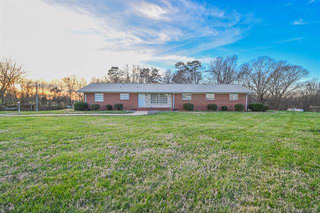 3007 Mills Harris Road, Marshville, NC 28103 (#3578583) :: Besecker Homes Team