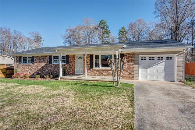 2514 Cove Creek Drive, Gastonia, NC 28056 (#3578782) :: TeamHeidi®