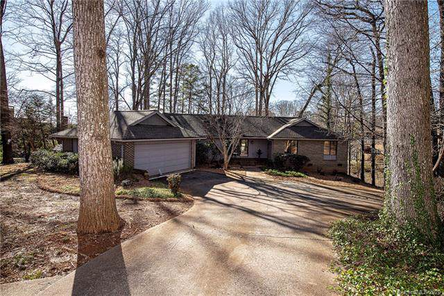 5 Commodore Point Road, Lake Wylie, SC 29710 (#3578803) :: Miller Realty Group