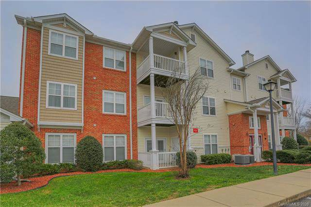 10514 Hill Point Court #10514, Charlotte, NC 28262 (#3578885) :: Stephen Cooley Real Estate Group