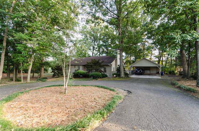 1708 Country Club Road, Lincolnton, NC 28092 (#3579500) :: Carlyle Properties