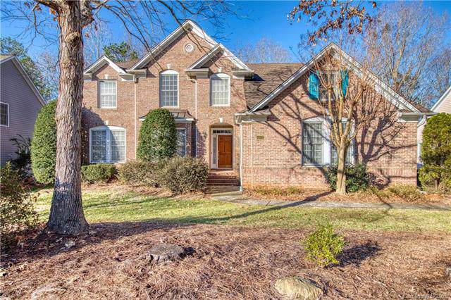4322 Esherwood Lane, Charlotte, NC 28270 (#3579522) :: Rinehart Realty