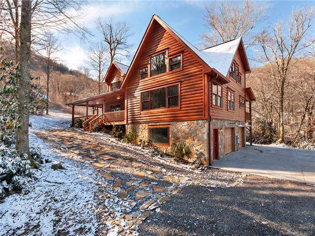896 Jonathan Trail, Maggie Valley, NC 28751 (#3579719) :: Keller Williams South Park