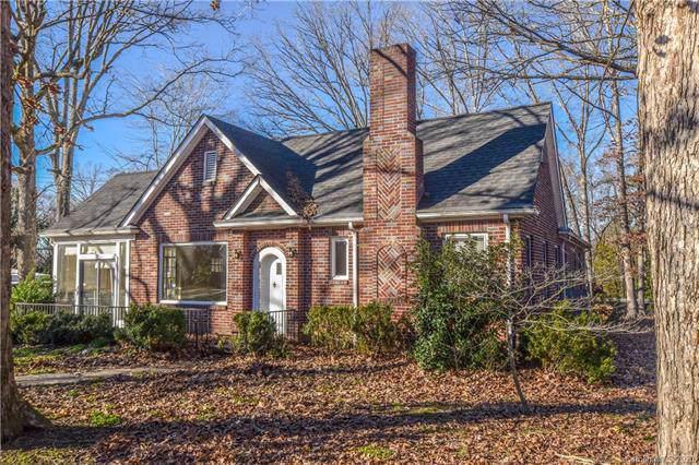 516 W Barr Street, Lancaster, SC 29720 (#3580082) :: Stephen Cooley Real Estate Group