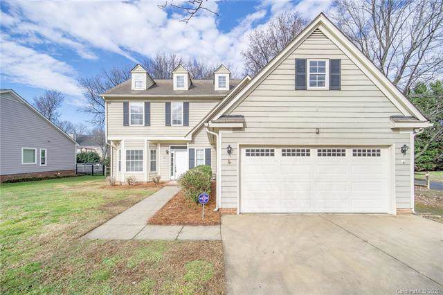 11817 Harris Pointe Drive, Charlotte, NC 28269 (#3580229) :: Carlyle Properties