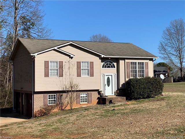 1030 Brookhill Park Drive, Rural Hall, NC 27045 (#3580387) :: Homes Charlotte