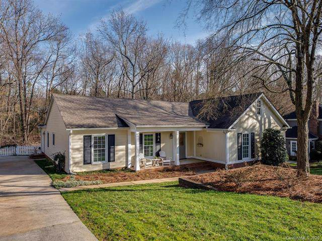 931 Somersby Lane, Matthews, NC 28105 (#3580503) :: MartinGroup Properties