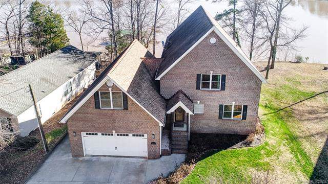 5600 Riverfront Road, Lake Wylie, SC 29710 (#3580603) :: Miller Realty Group