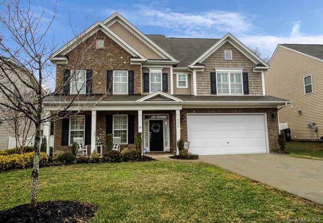 9736 Ravenscroft Lane, Concord, NC 28027 (#3580682) :: Mossy Oak Properties Land and Luxury