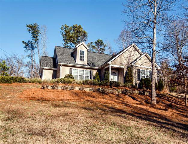 3610 8th Street Court NW, Hickory, NC 28601 (#3581005) :: Exit Realty Vistas