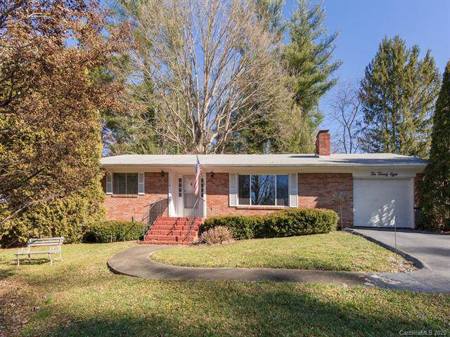 1028 Carousel Lane, Hendersonville, NC 28792 (#3581162) :: LePage Johnson Realty Group, LLC