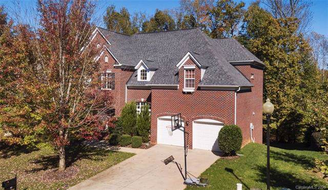 417 Deer Brush Lane, Waxhaw, NC 28173 (#3581308) :: Rinehart Realty