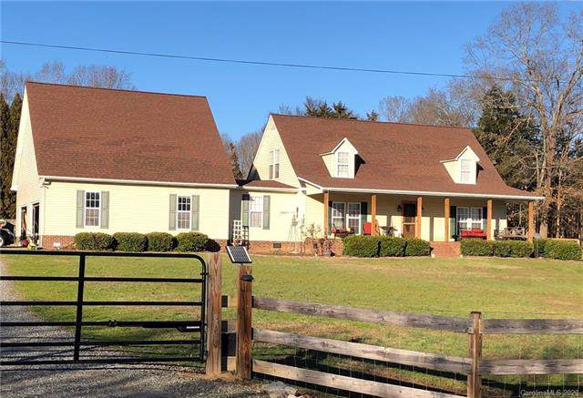 9650 Harvest Lane, Davidson, NC 28036 (#3581433) :: Rinehart Realty