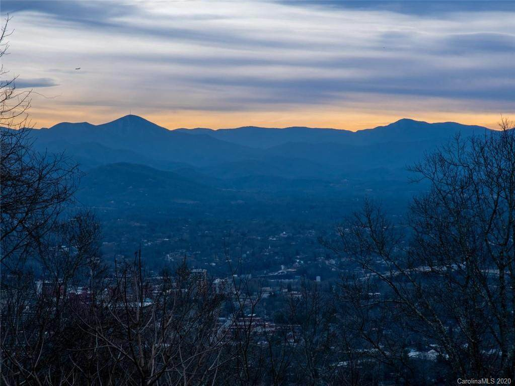 10 Sunset Summit, Asheville, NC 28804 (#3581819) :: Keller Williams Professionals