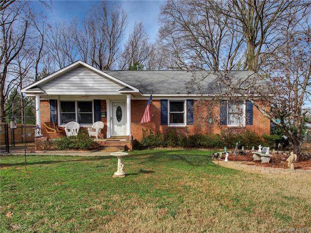 4439 Tipperary Place, Charlotte, NC 28215 (#3581832) :: Cloninger Properties