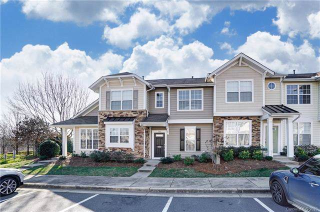 130 Chimney Rock Lane, Fort Mill, SC 29708 (#3581917) :: The Andy Bovender Team