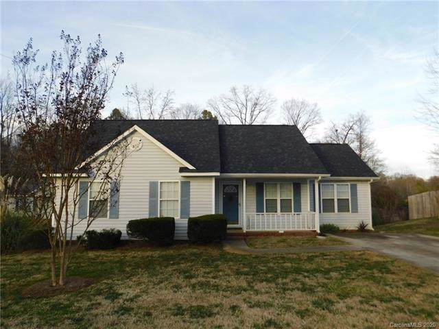 3613 Greenloch Court, Charlotte, NC 28269 (#3582001) :: The Ramsey Group