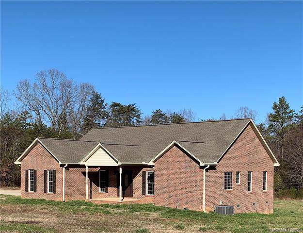 6215 Ballard Road, Denver, NC 28037 (#3582099) :: Rinehart Realty