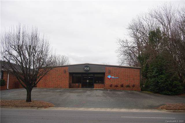 305 Charlotte Avenue, Monroe, NC 28112 (#3582234) :: Stephen Cooley Real Estate Group