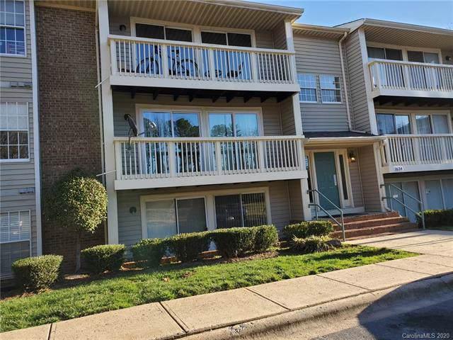 1634 Arlyn Circle D, Charlotte, NC 28213 (#3582256) :: MOVE Asheville Realty
