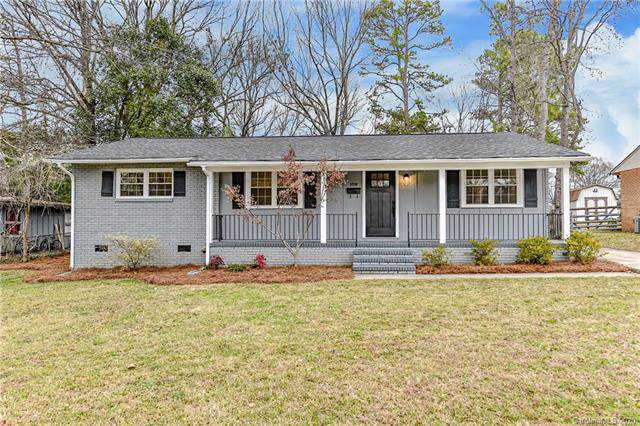 3539 Stonehaven Drive, Charlotte, NC 28215 (#3582301) :: Cloninger Properties