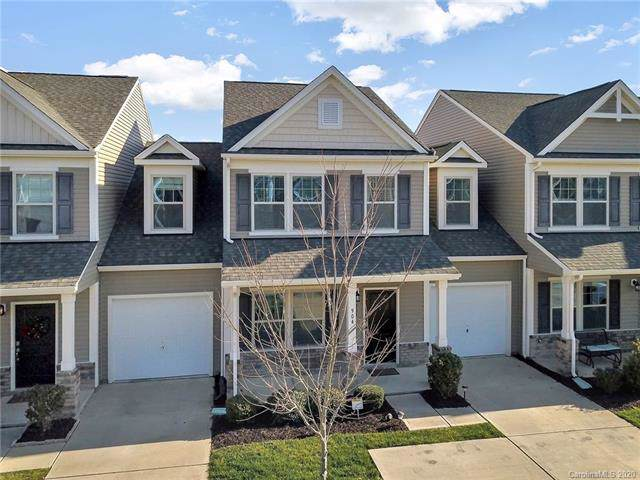 904 Summerlake Drive, Fort Mill, SC 29715 (#3582317) :: Stephen Cooley Real Estate Group