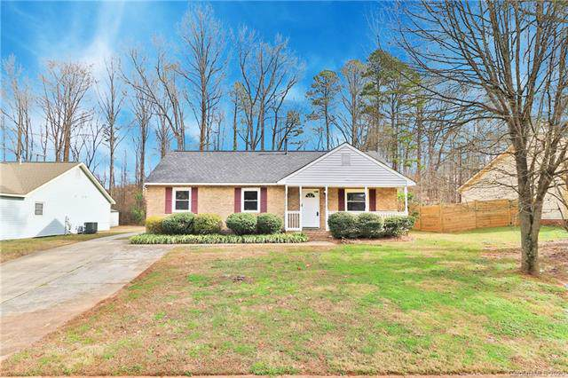 5009 Banfshire Road, Charlotte, NC 28215 (#3582332) :: Stephen Cooley Real Estate Group