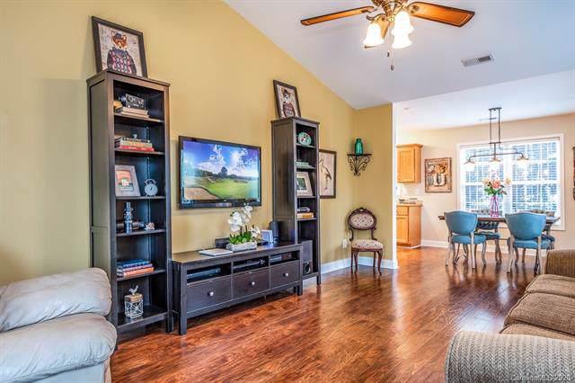 936 Cason Street, Belmont, NC 28012 (#3582531) :: Rinehart Realty