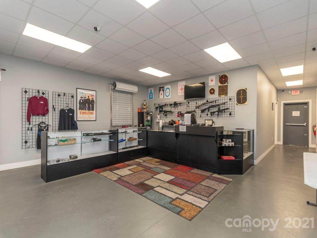 17 Palmer Road, Waynesville, NC 28786 (#3583140) :: High Performance Real Estate Advisors