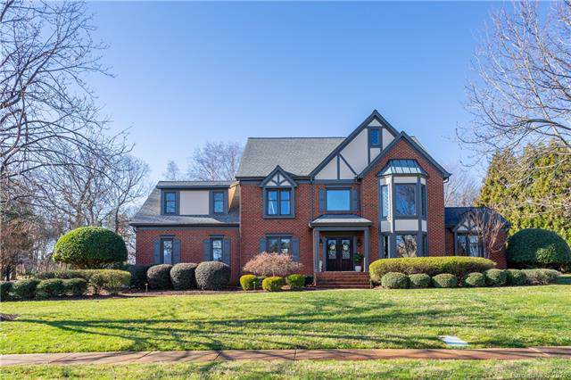 18521 Balmore Pines Lane, Cornelius, NC 28031 (#3583207) :: The Andy Bovender Team