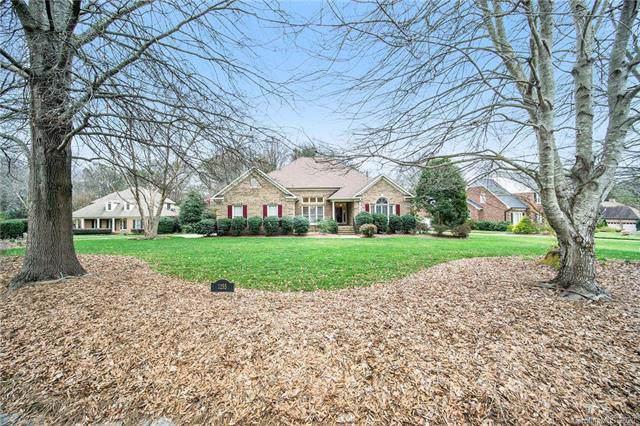 1255 Greenside Drive, Concord, NC 28027 (#3583293) :: Homes Charlotte
