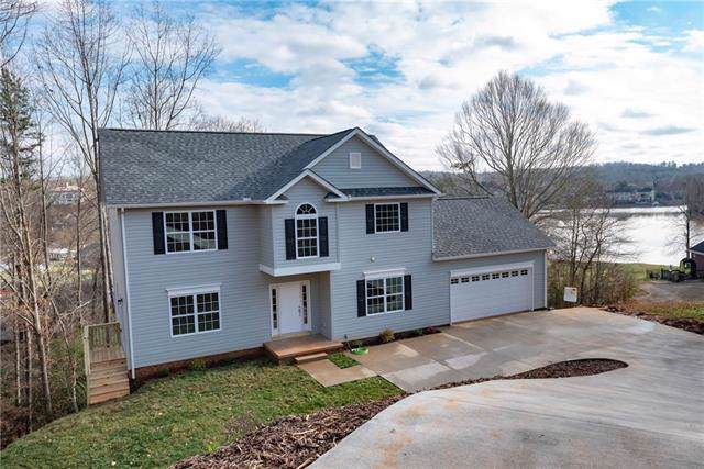 5747 Crown Terrace Road, Hickory, NC 28601 (#3583307) :: Team Honeycutt