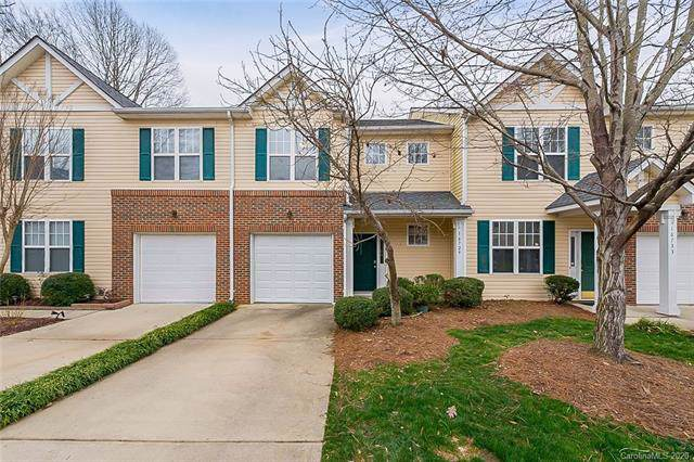 16729 Commons Creek Drive, Charlotte, NC 28277 (#3583416) :: Homes Charlotte