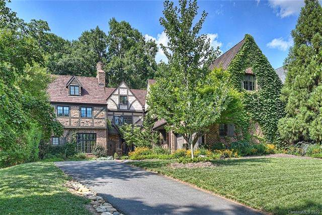 2017 Princeton Avenue, Charlotte, NC 28207 (#3583440) :: High Performance Real Estate Advisors