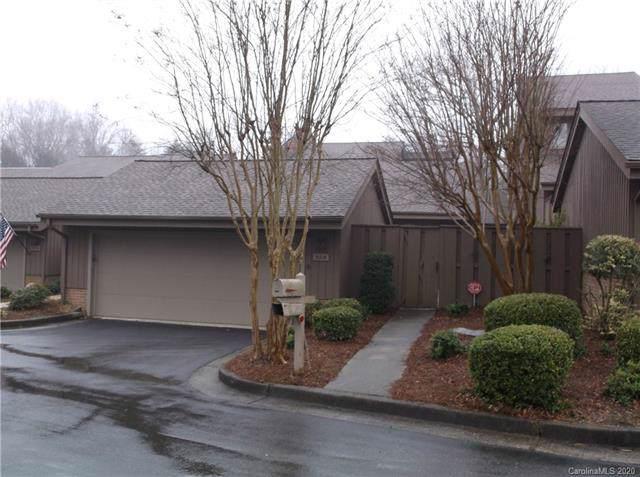 5314 Sandtrap Lane, Charlotte, NC 28226 (#3583620) :: MartinGroup Properties