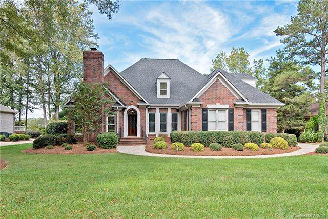 17932 River Ford Drive, Davidson, NC 28036 (#3583638) :: The Ramsey Group